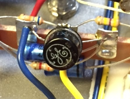 analog man beano boost treble booster effects pedal we now use some cool old 1960s usa made general electric transistors nos pulled out of 40 year old baldwin organ tone generator boards