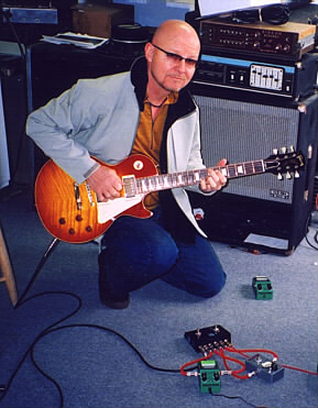 Andy Powell with '59 LP and TS9DXs